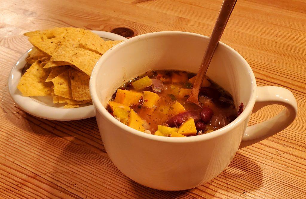 Soupe repas aux haricots rouges et patates douces